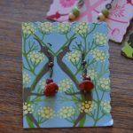Ohrringe aus Salbeisamen und Perlen, nickelfrei, 4€