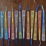 Lesezeichen 2,50€ Holz, Wasserfarben, Satinband